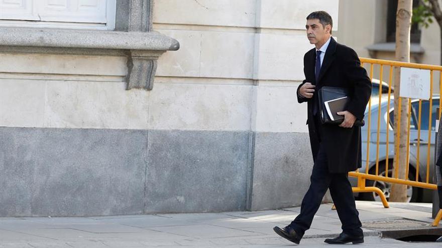 """Observadores creen """"parcial"""" que el tribunal del procés preguntara a Trapero"""