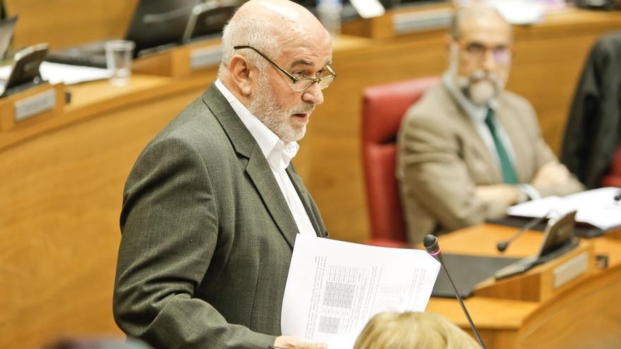 El consejero de Educación de Navarra presenta su dimisión y será sustituido por María Solana