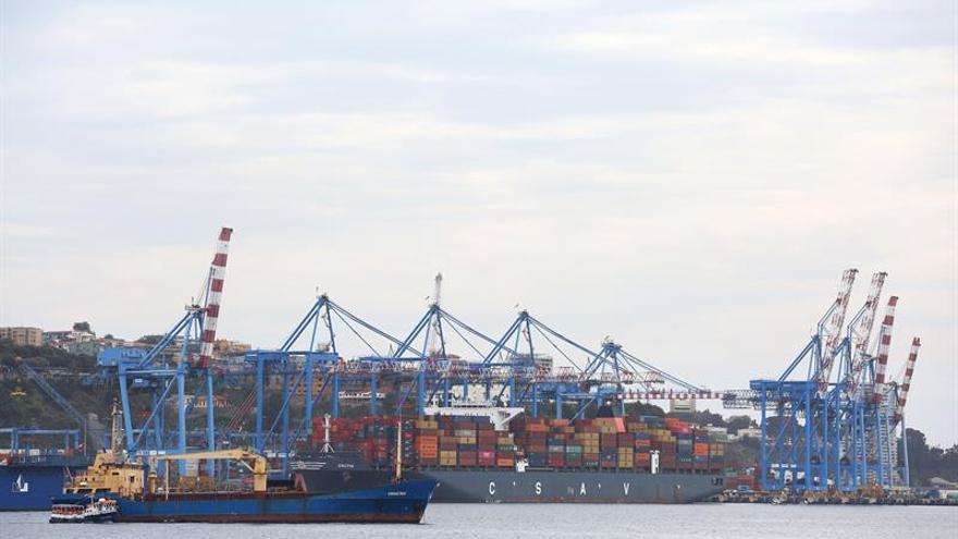 Industria portuaria americana expone sus modelos para reducir la contaminación