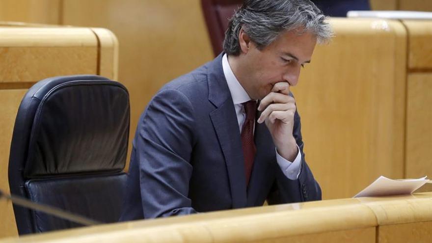 """De la Serna cumplirá al """"cien por cien"""" los plazos del AVE a Galicia"""