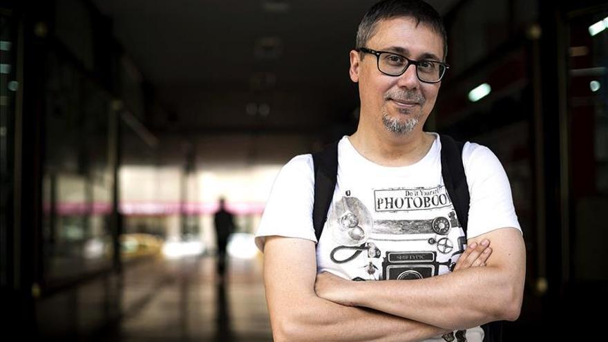 """Elio Quiroga gana el Premio Minotauro 2015 con la novela """"Los que sueñan"""""""