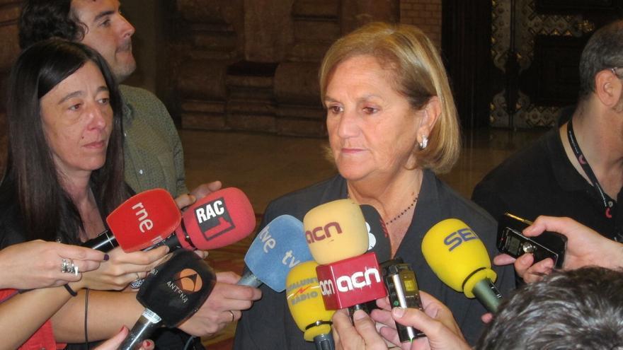La presidenta del Parlamento catalán confía en que Camacho comparezca en por el caso Método 3