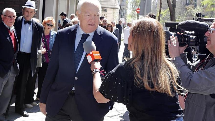 """Moratinos destaca a Chacón por """"mejorar la vida de tantos seres humanos"""""""