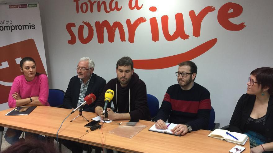 Mireia Mollà, Gerard Fullana, Josep Bigorra y Àgueda Micó en la sede de Compromís