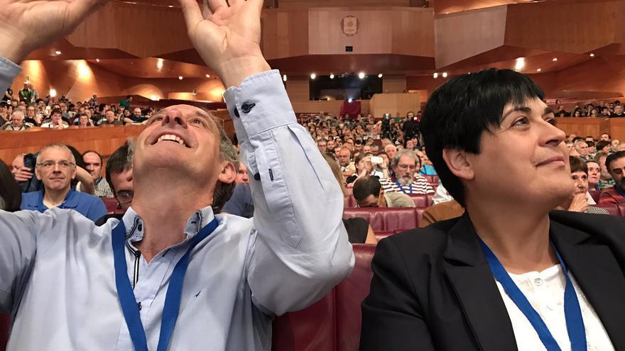 Marian Beitialarrangoitia y Adolfo Araiz, en el Euskalduna de Bilbao