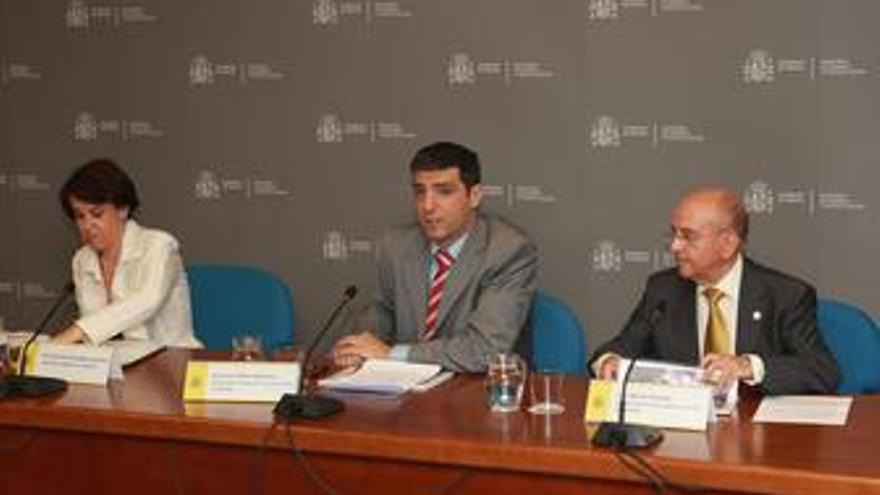 Purificación Causapié, Francisco Moza y Luis Martín Pindado
