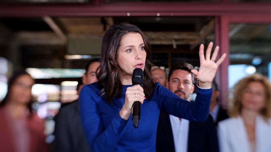 La portavoz de Ciudadanos en el Congreso, Inés Arrimadas, en su intervención este miércoles en Las Palmas de Gran Canaria