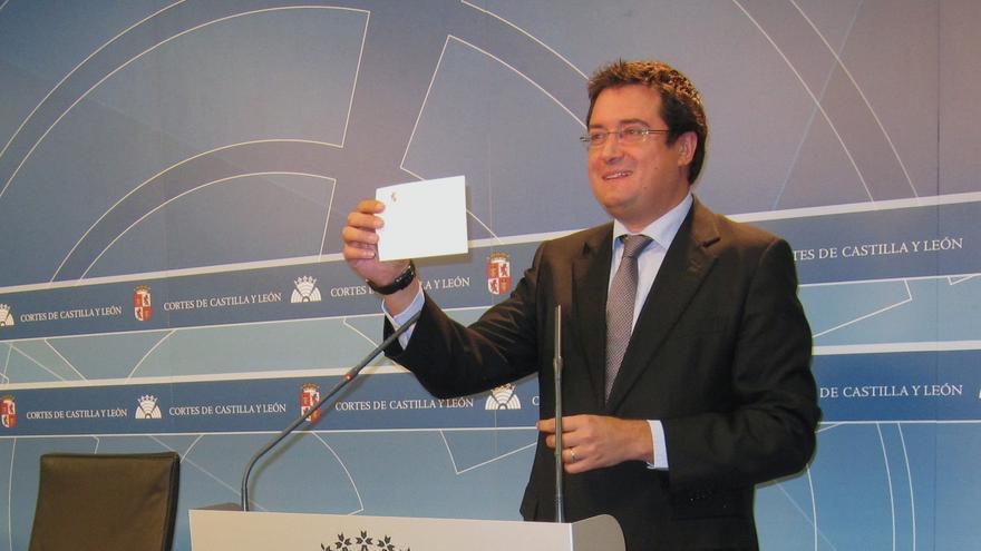 """Óscar López (PSOE) reclama a la Junta de CyL que """"aclare"""" si se va a acoger al rescate"""