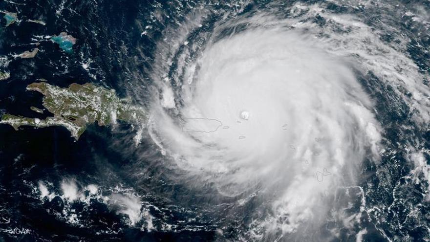 Cierran el aeropuerto de Cabo Haitiano ante la llegada del huracán Irma