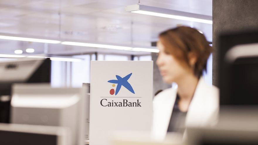 CaixaBank aumenta su beneficio un 53,4% en los nueve primeros meses del año.