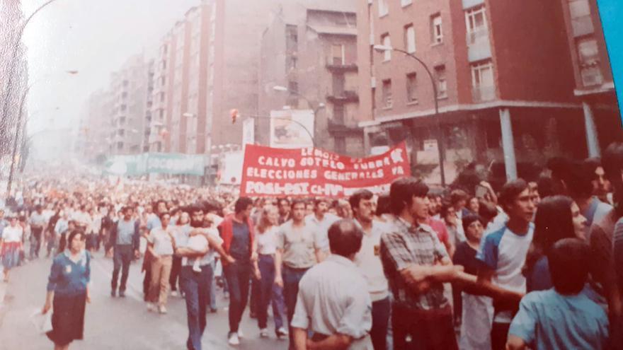 Manifestación contra la instalación de la central nuclear de Lemóniz celebrada en Bilbao en septiembre de 1981.