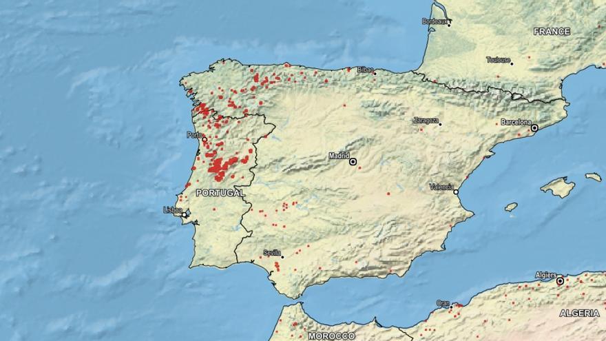 Mapa Incendios Galicia 2017.Asi Se Ve La Concentracion De Incendios Sobre Espana Y