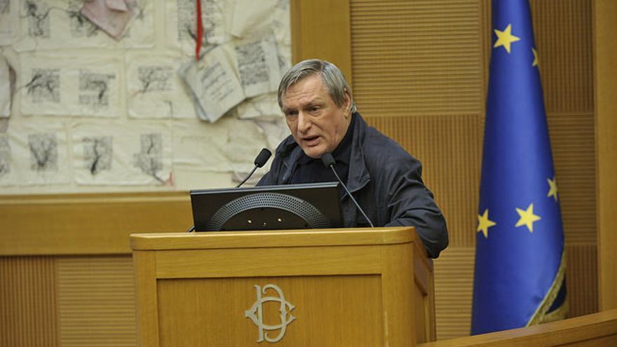Luigi Ciotti, uno de los sacerdotes que se ha enfrentado a las políticas de Matteo Salvini