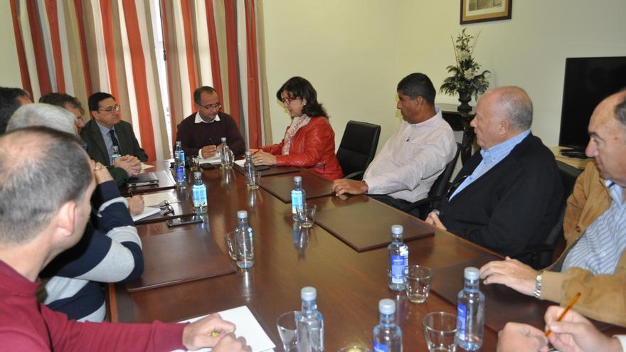 Reunión de este jueves en la Subdelegación tinerfeña del Gobierno español, con integrantes de Asaga Canarias