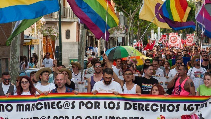 Marcha del Orgullo LGTBI en Albacete en una edición anterior