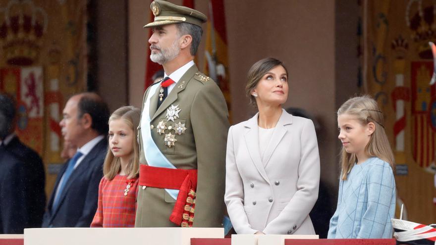 Los reyes presidirán junto a sus hijas en el Palacio Real un atípico 12-O