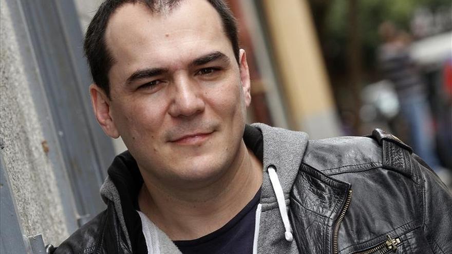 Ismael Serrano se pone tras las cámaras en un videoclip sobre los indignados