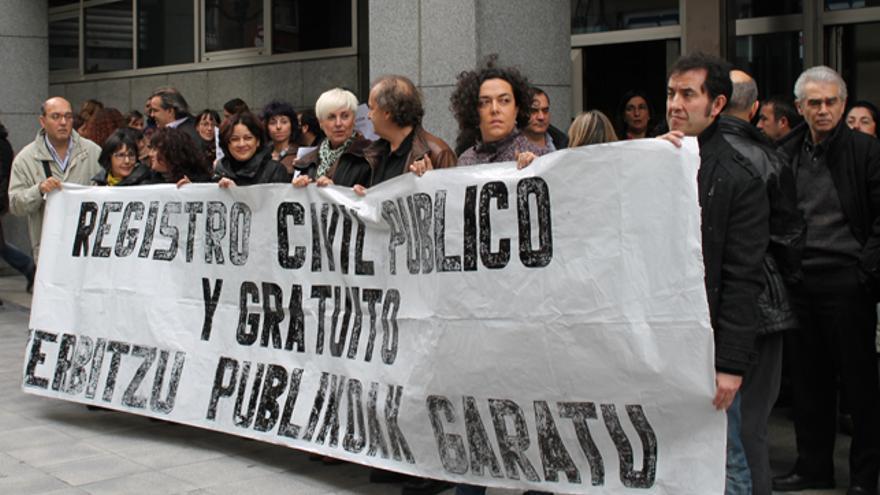 Funcionarios de la Administración de Justicia se manifiestan contra la privatización del registro civil. /G. A.