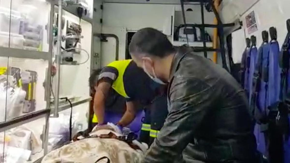 Mientras la Policía inició la investigación para dar con los autores del ataque, los dos lesionados fueron trasladados a un hospital de la ciudad de Concepción