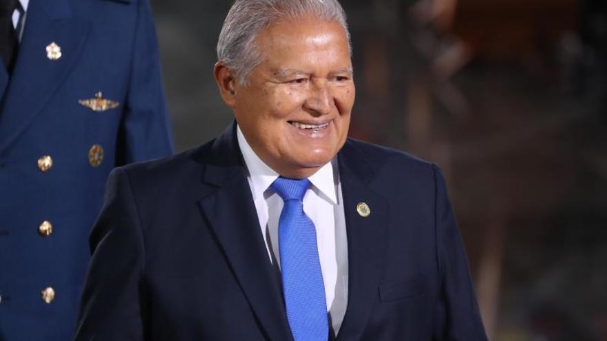 """Organizaciones piden al presidente salvadoreño vetar la """"amnistía encubierta"""""""