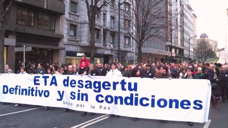 """PNV, PSE y PP agradecen """"el tesón"""" y la labor de Gesto por la Paz, que logró """"mover"""" a una sociedad """"dormida"""""""