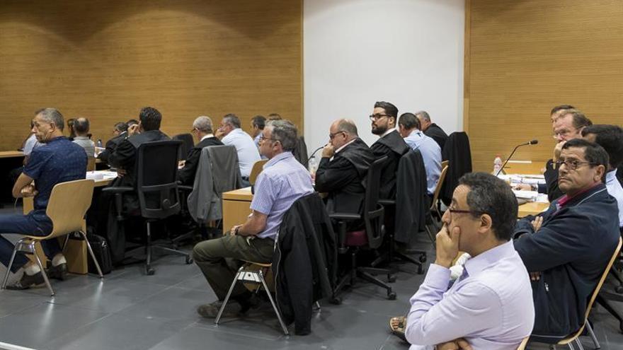 La Audiencia de Las Palmas acoge desde este martes el juicio ante Jurado contra diez guardias civiles. Efe/Ángel Medina G.