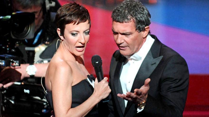 Los momentos más divertidos de los Goya: el ácido Santiago Segura a lo Ricky Gervais, rap del Langui con Resines..