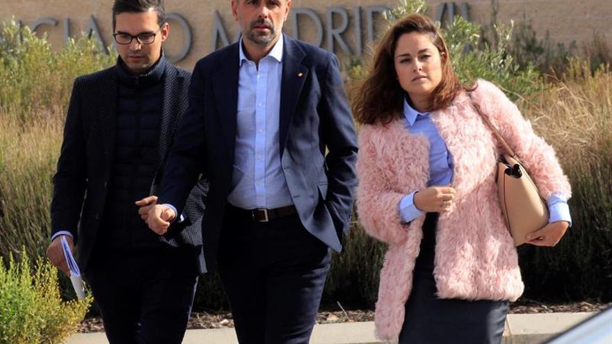 El exconseller de Empresa de la Generalitat Santi Vila abandona la cárcel madrileña de Estremera tras pagar la fianza de 50.000 euros.