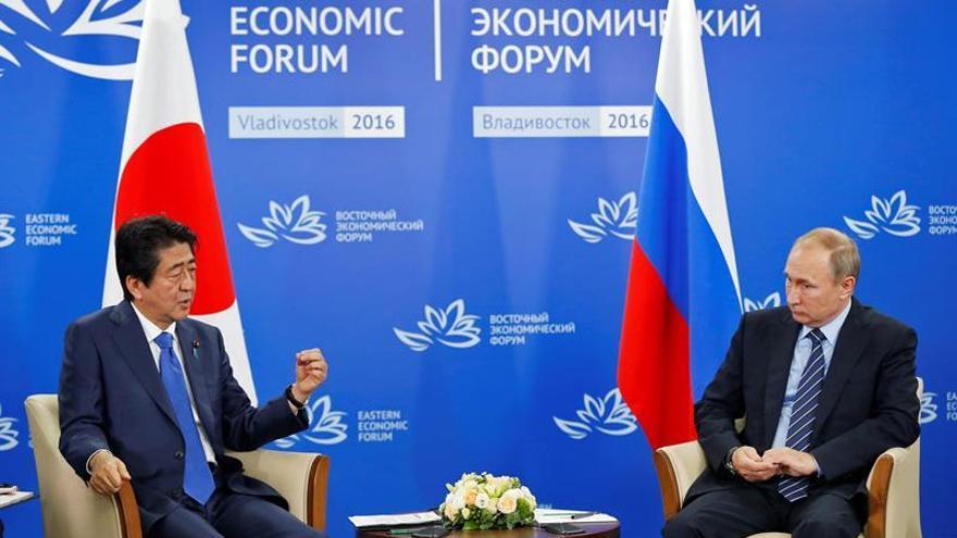 Putin y Abe impulsan ambiciosos proyectos conjuntos que anunciarán este año
