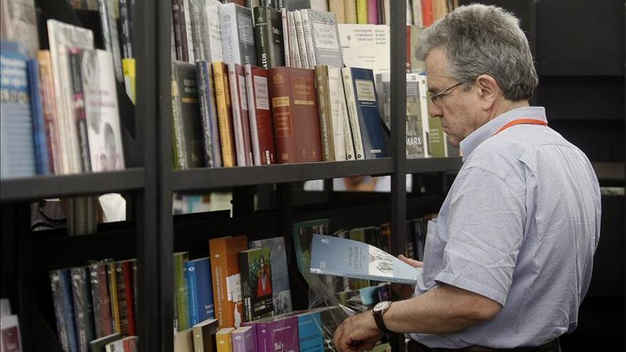 """La Fiesta del Libro y Cultura de Medellín """"adopta"""" autores"""