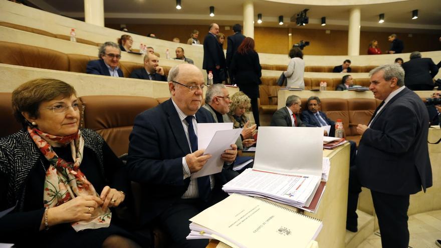 """Sota garantiza que el Gobierno PRC-PSOE """"va a cumplir"""" los plazos previstos para presentar los PGC de 2019"""