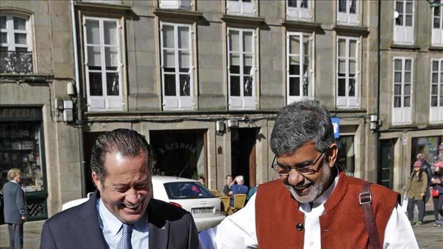 """El Nobel Satyarthi pide """"globalizar la compasión"""" y negocios con inteligencia"""