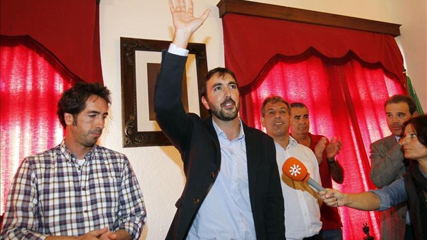 El PSOE se hace con la Alcaldía de Tarifa tras una moción de censura al PP