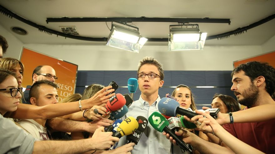 Errejón dice que, con jueces que sospechan que el PP es una banda mafiosa, no debe extrañar que Rajoy no tenga apoyos