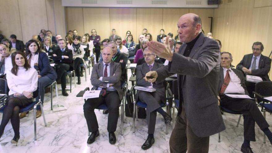 Juan José Ibarretxe dice que el autogobierno es insuficiente y hay que decidir otro modelo