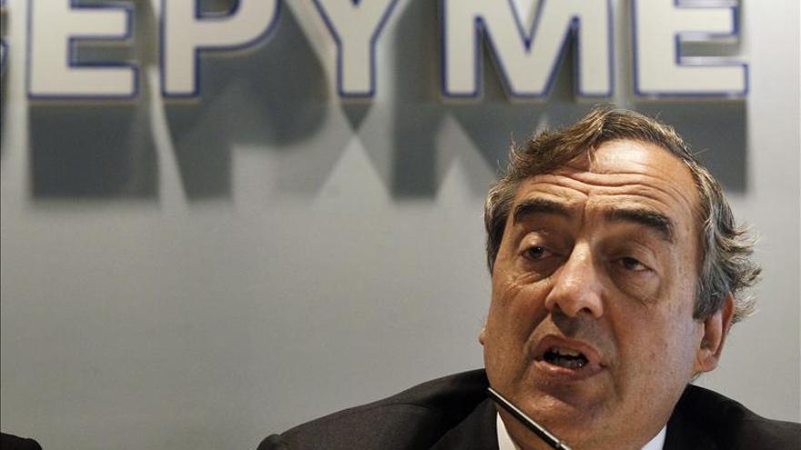 Rosell y Garamendi anuncian candidaturas a CEOE en una Junta de guante blanco