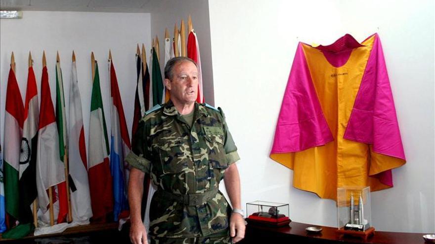 Periodistas de Defensa premian a los desactivadores, general Asarta y Joaquín Madina