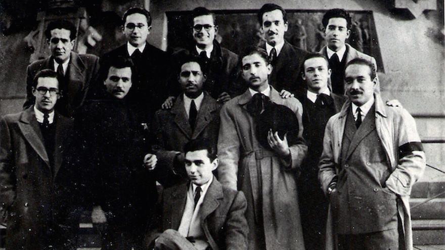 Los Betepocs, un grupo artístico i olvidado de Postguerra surgido de la Llotja de Barcelona