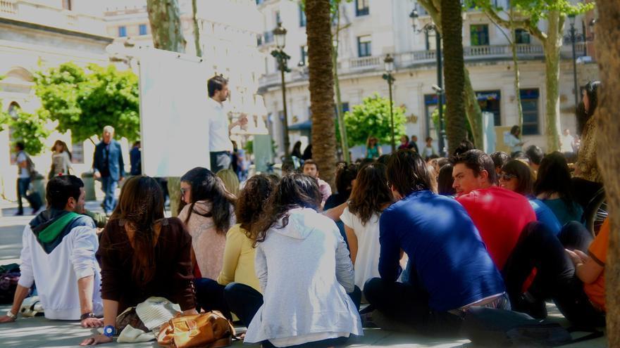 """Universitarios cifran en 6.000 los andaluces que deben devolver beca y apelan al """"deber cívico"""" para protestar el 24-O"""