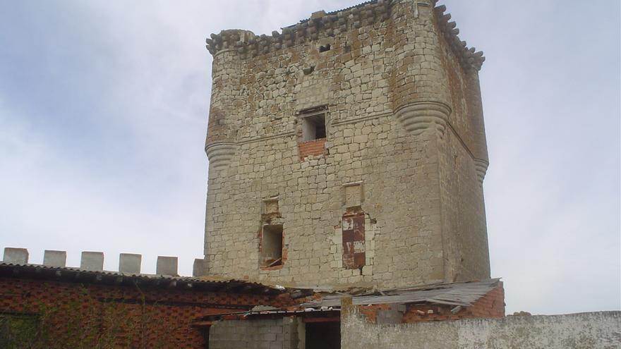Torre del Homenaje desde el patio del castillo de Galve. Raquel Gamo.