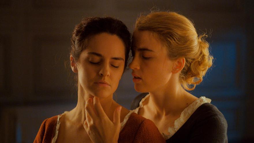 Noémie Merlant y Adèle Haenel protagonizan 'Retrato de una mujer en llamas'.