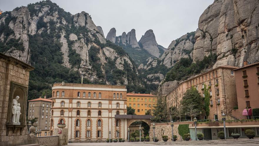 Tres víctimas denuncian abusos sexuales de un monje de Montserrat que trabajó con menores durante 40 años