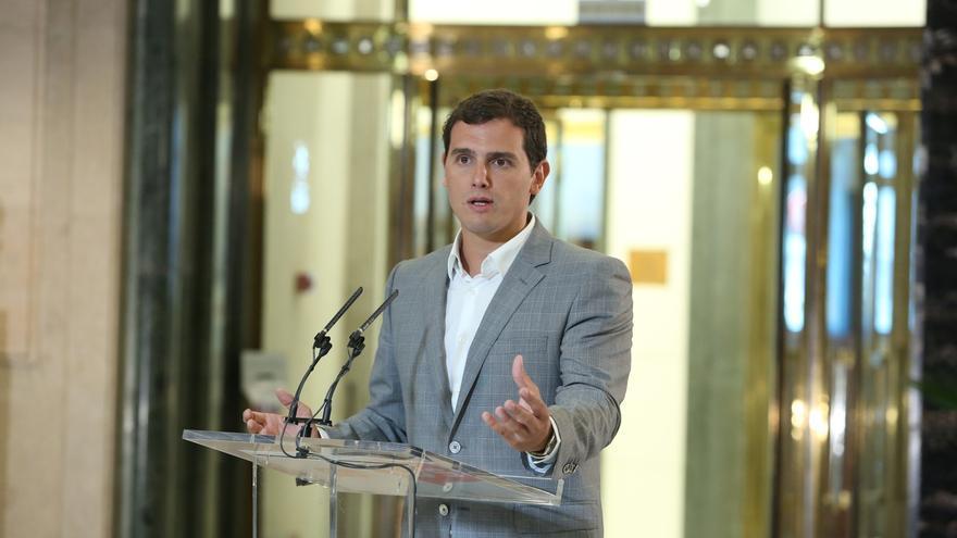 """Albert Rivera: """"Voy a decirle al Rey que le pida a Sánchez la abstención"""""""