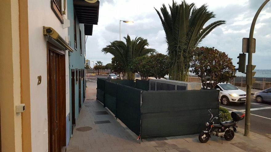 Imagen de la instalación eléctrica en la Avenida Marítima de Santa Cruz de La Palma (fotos facilitada por Cs).