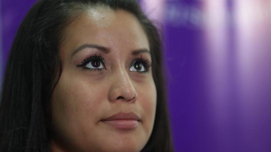 Evelyn Hernández, ahora en libertad tras ser absuelta del delito de homicidio agravado cometido al supuestamente abortar en El Salvador.