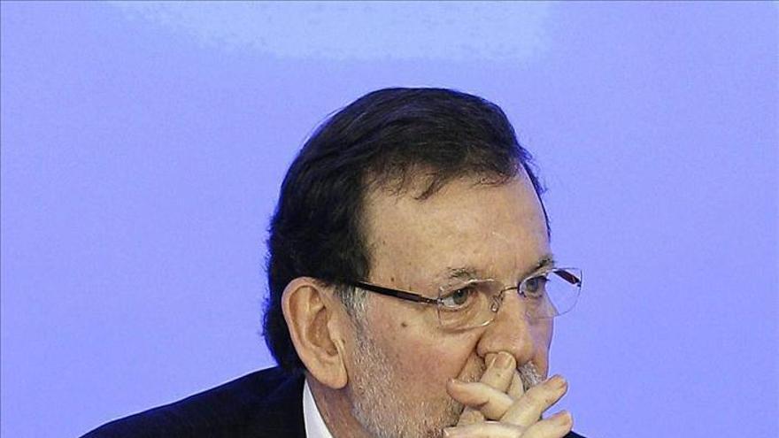 """Rajoy ofrece diálogo """"franco"""", pero siempre dentro de la Constitución"""