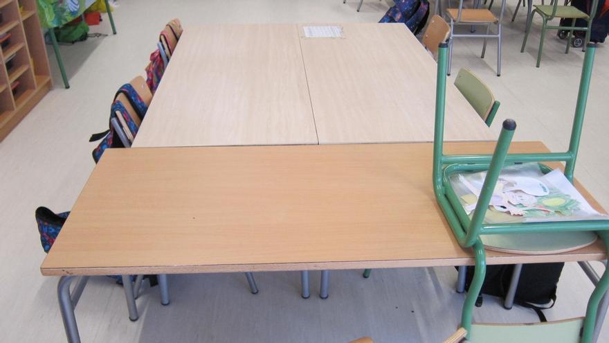 Limposam está limpiando a fondo y desinfectando los colegios públicos de Málaga
