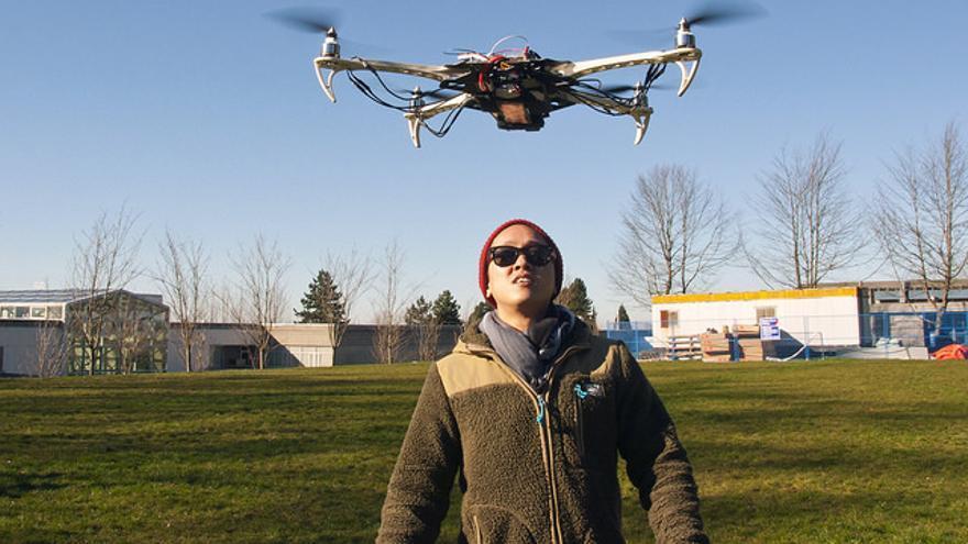 La ley que regula el uso de drones establece como requisito contar con un seguro