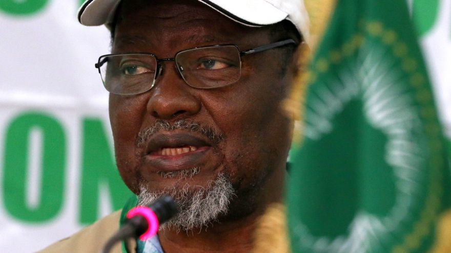 La UA nombra a 3 expresidentes africanos para mediar en el conflicto etíope