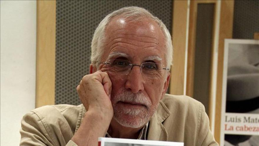 """Luis Mateo Díez gana el Premio Francisco Umbral por """"La cabeza en llamas"""""""